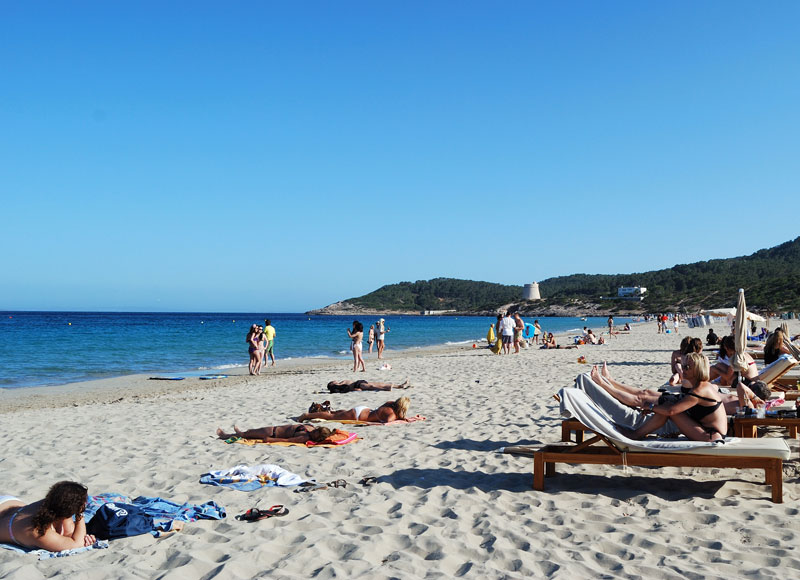 hotel playa den bossa ibiza: