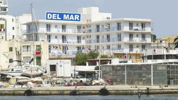 Aparthotel del Mar