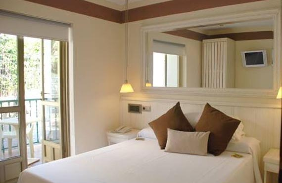 hotel-rocamar_ibiza