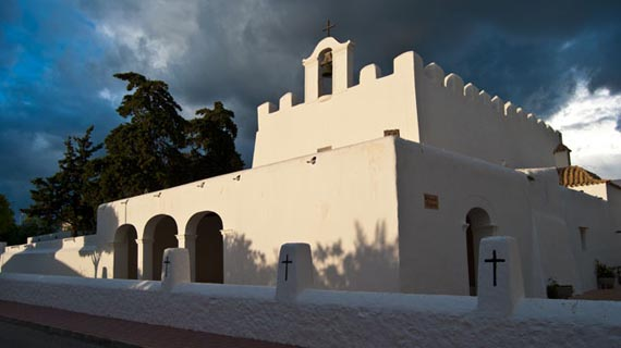 Una iglesia distinta